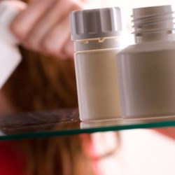 Smaller carbon footprint from plastic pharma containers